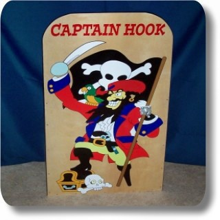 Captain Hook Toss Game